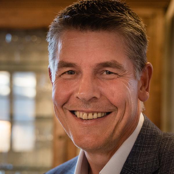 Dr. Ulrich Schlippert, Orthopäde